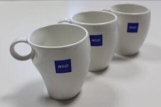 Portselanist kruusid logoga NSD